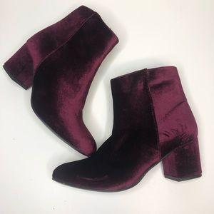 Steve Madden Burgundy Velour Heel Ankle Boots 9